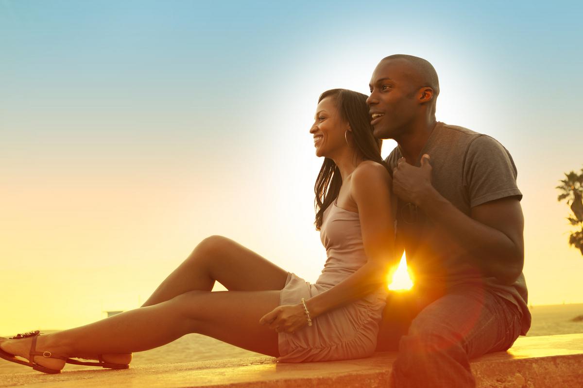 http://markmaish.files.wordpress.com/2014/01/loving_black_couple.jpg